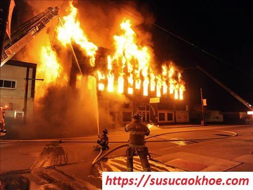 Nằm mơ thấy cháy nhà là điềm gì, đánh con gì?