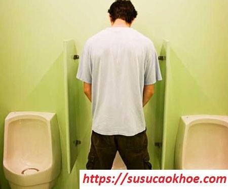 Nằm mơ thấy đi vệ sinh là điềm gì, đánh con gì?