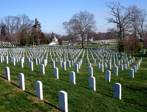 Nằm mơ thấy nghĩa địa là điềm gì, đánh con gì?